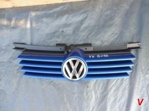 VW Bora Решетка радиатора HG74142749
