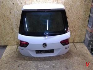 VW Tiguan Крышка багажника HG77742809