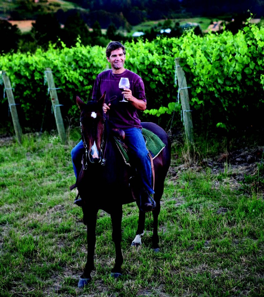 2010-Autumn-Oregon-Travel-Wine-Willamette-Valley-ArborBrook-Vineyards-Steve-Porino-horseback