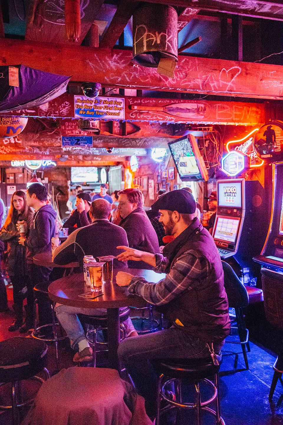 best bars in portland for singles