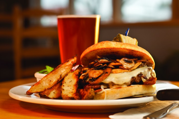 2012-Spring-Easter-Oregon-Restaurant-Review-Joseph-Mutiny-Brewing-Company-mushroom-burger
