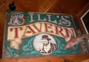 oregon-coast-cannon-beach-bills-tavern-logo