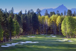 things-to-do-oregon-central-sisters-black-butte-ranch-golf-dining-resort