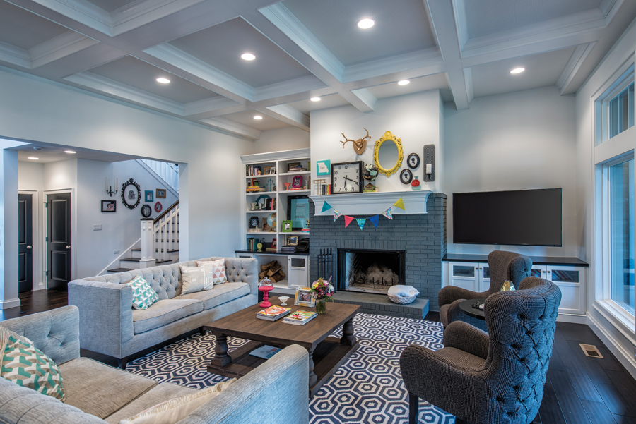 2015 homes of the year for Living room with 10 foot ceiling