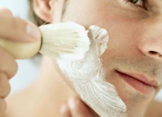 come fare schiuma da barba