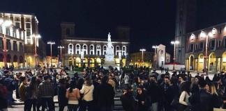 piazza saffi sera