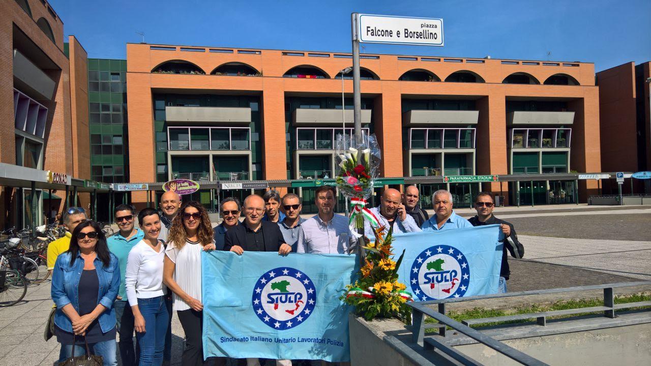 Albenga ricorda Falcone e Borsellino: esposta una loro foto in Comune