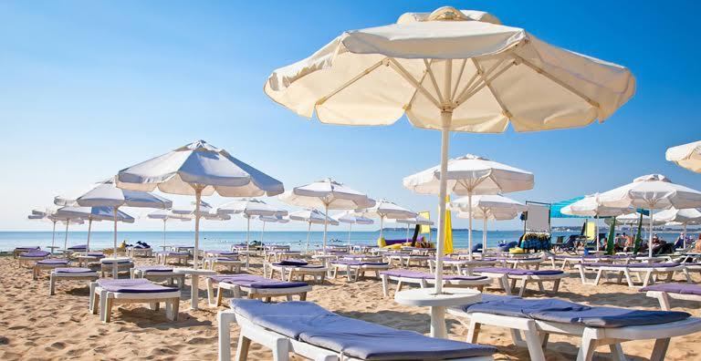 Ombrelloni Per La Spiaggia.Spiaggia Mare Ombrelloni 4live It