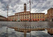 Piazza Saffi foto di Renzo Zilio