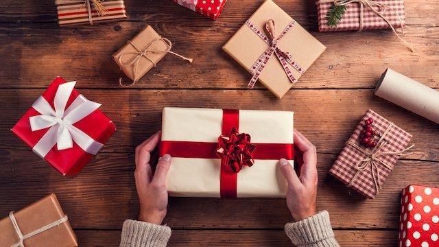 Regali pacchetti di Natale