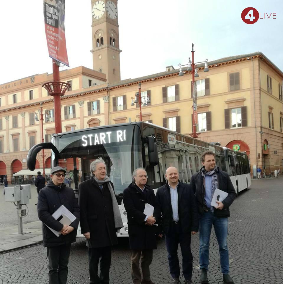 670126eb0 Bus gratis fino ad agosto per gli studenti con abbonamento sulla rete di  Start Romagna