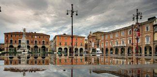 Piazza-Saffi-foto-di-Renzo-Zilio