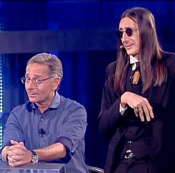 """FRANCO PISTONI ALIAS """"LO IETTATORE"""" DI AVANTI UN ALTRO SI RACCONTA."""