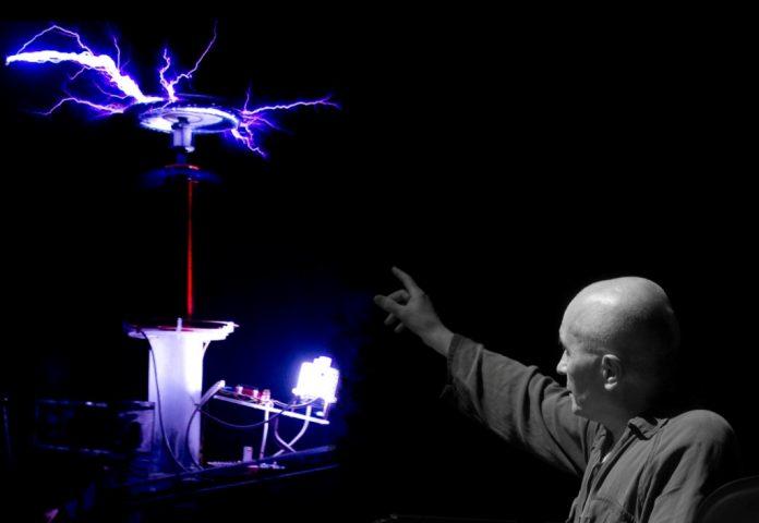 Masque-teatro-Tesla-Reloaded.-Colorado-Springs-notes