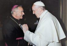 Mons.-Corazza-e-Papa-Francesco