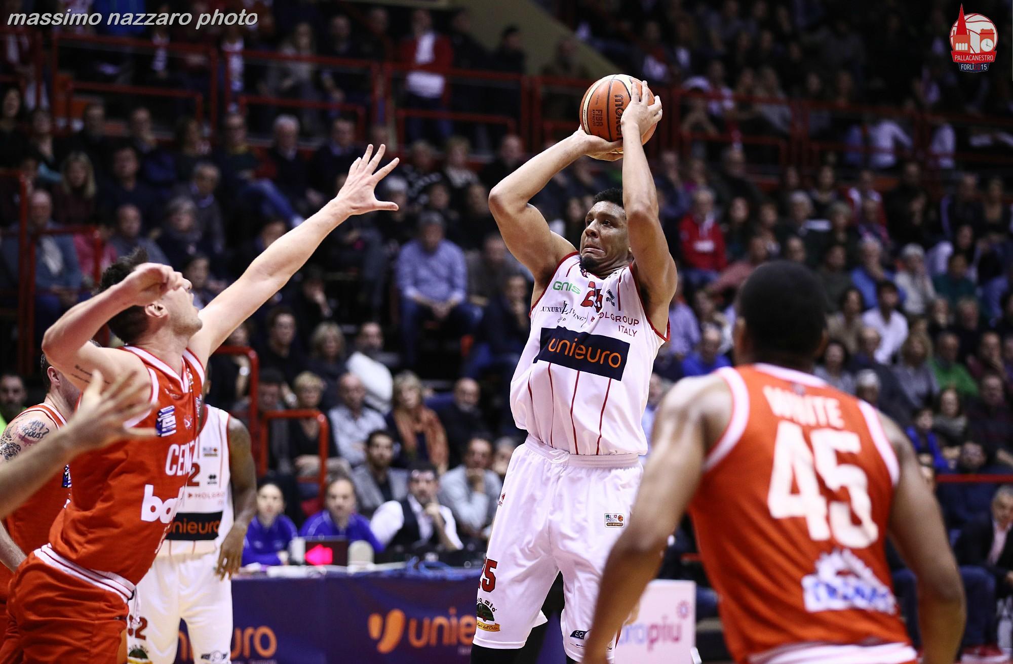 Lawson-basket-Unieuro-Forlì