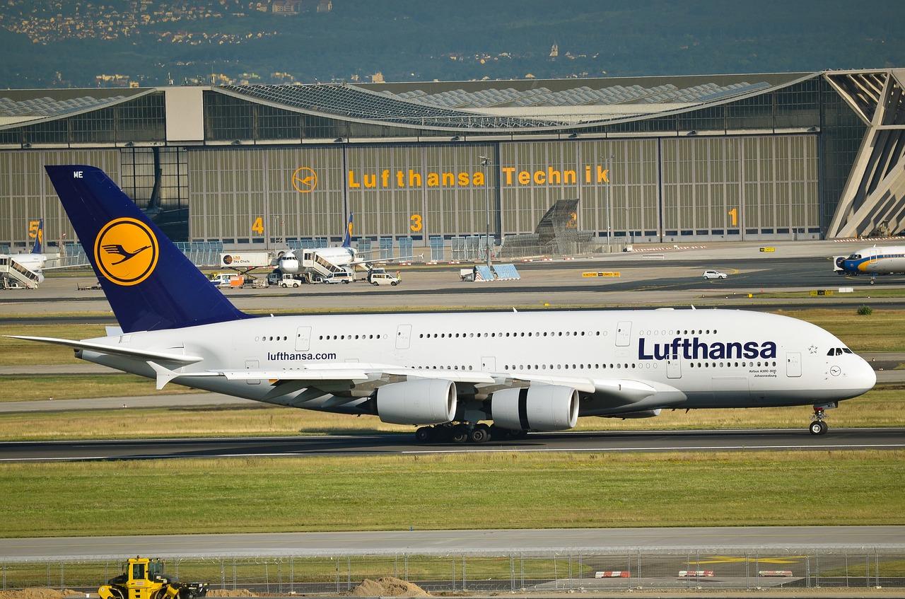 Lufthansa-voli-aerei