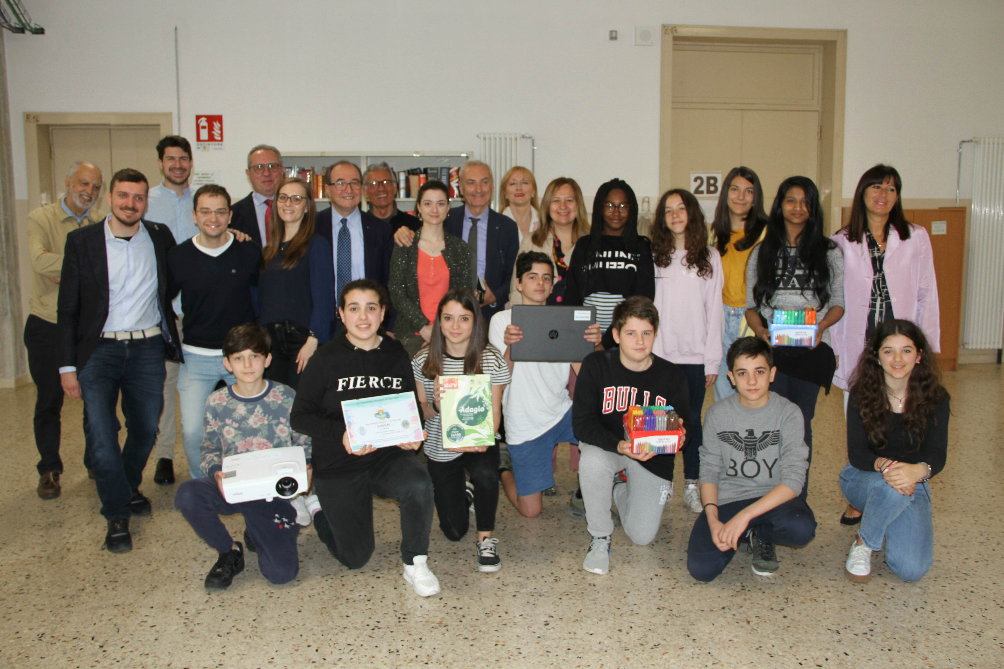 donazione-Leo-Club-Forlì-