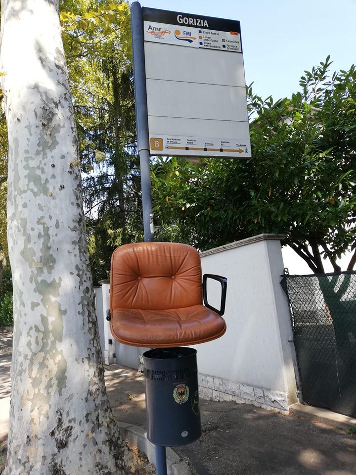 poltrona-fermata-bus