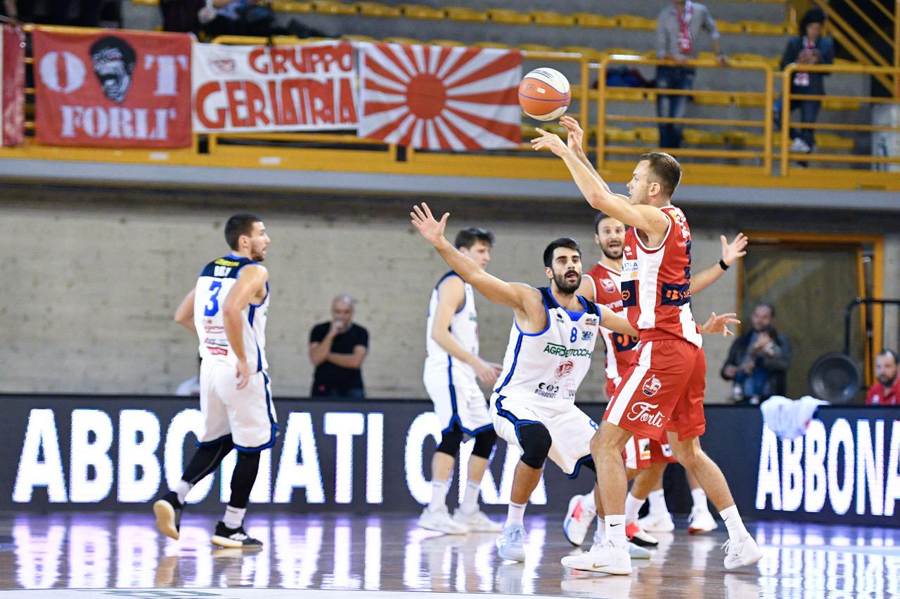 Basket-Forlì-a-Orzinuovi