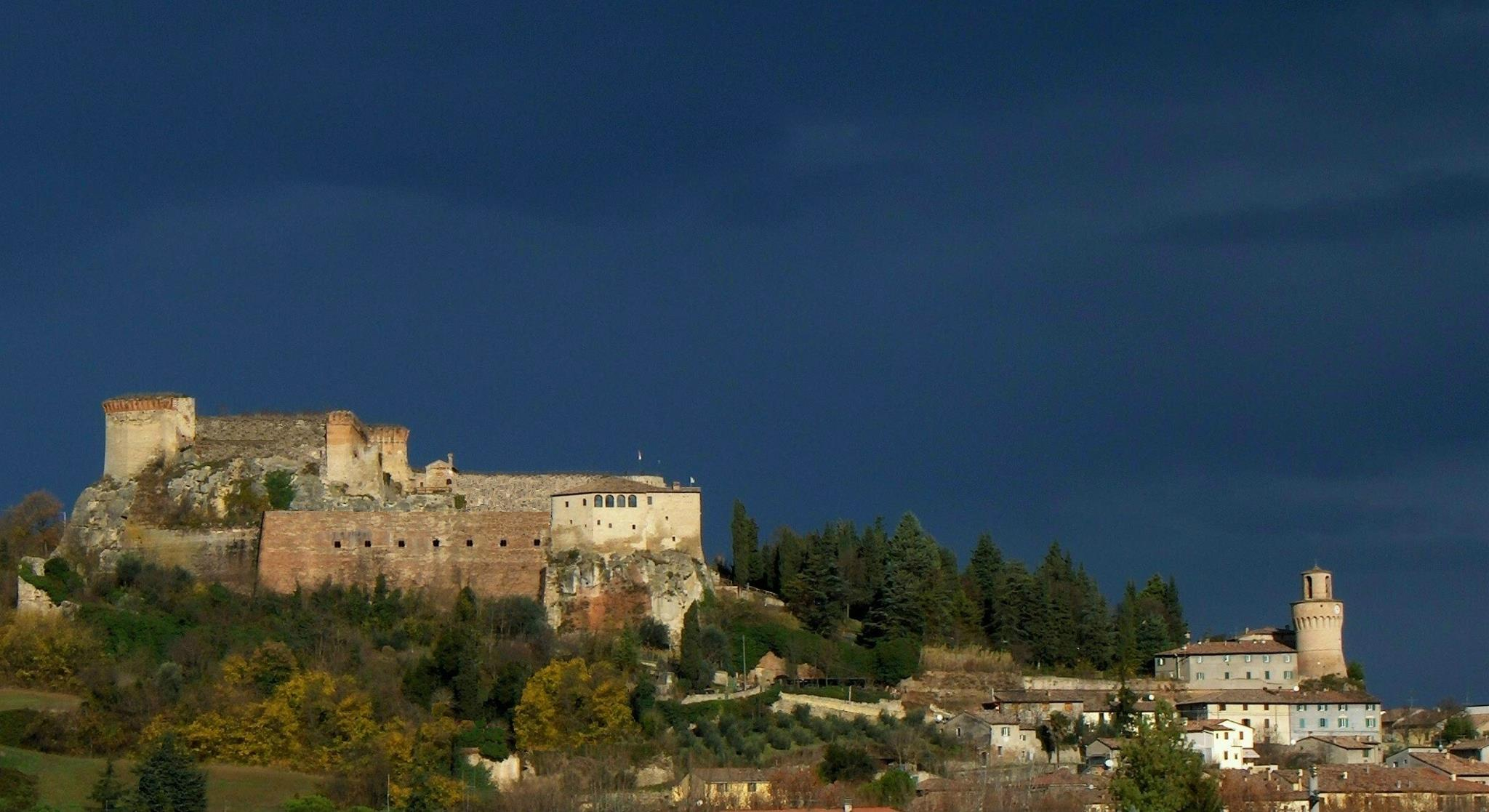 Borgo-Medievale-e-Fortezza-di-Castrocaro