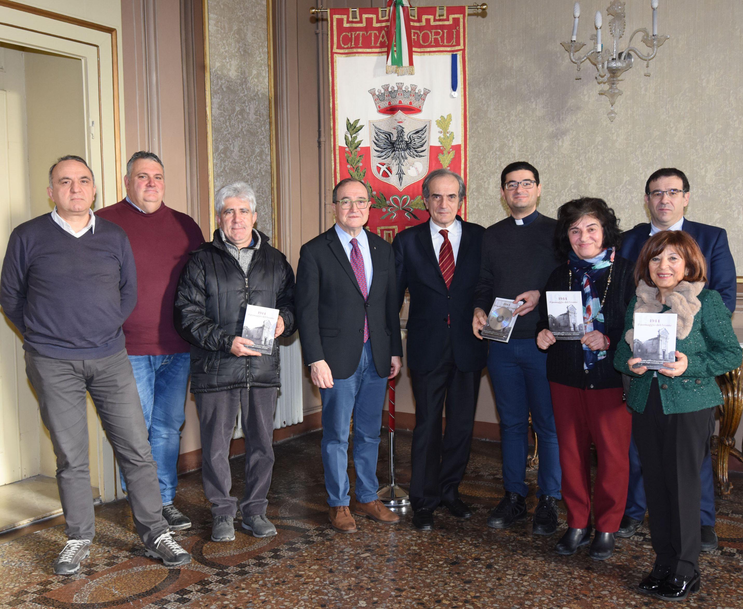 Municipio di Forlì consegna libro