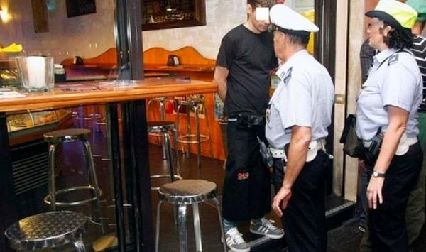 polizia locale controllo bar