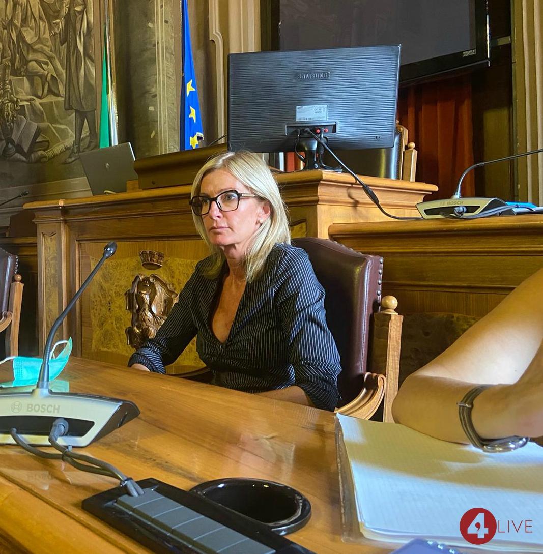 Paola-Casara-assessora