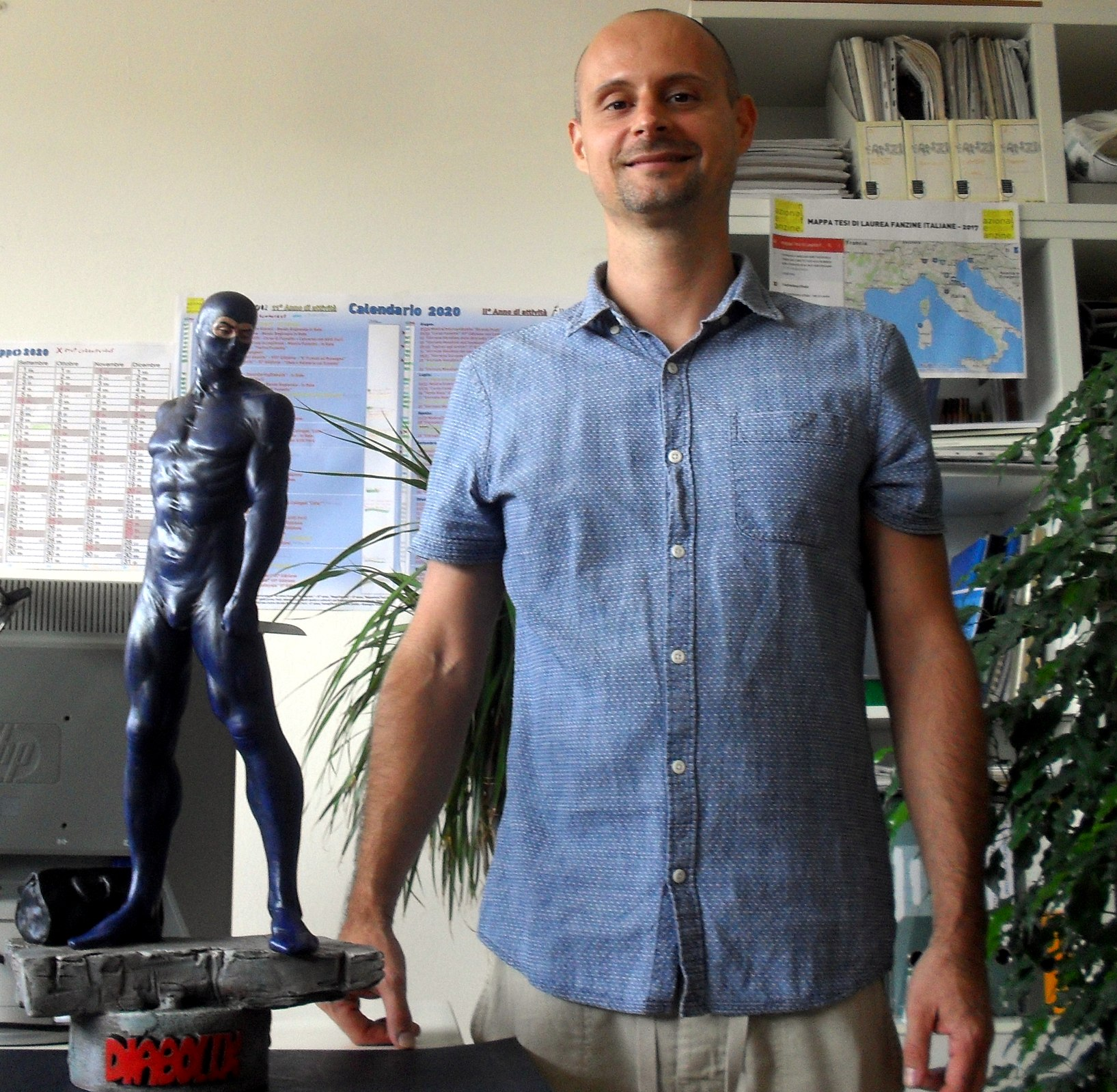 Fumettoteca scultura Diabolik