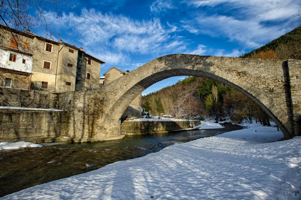 Portico di Romagna Ponte della Maestà foto Dervis Castellucci
