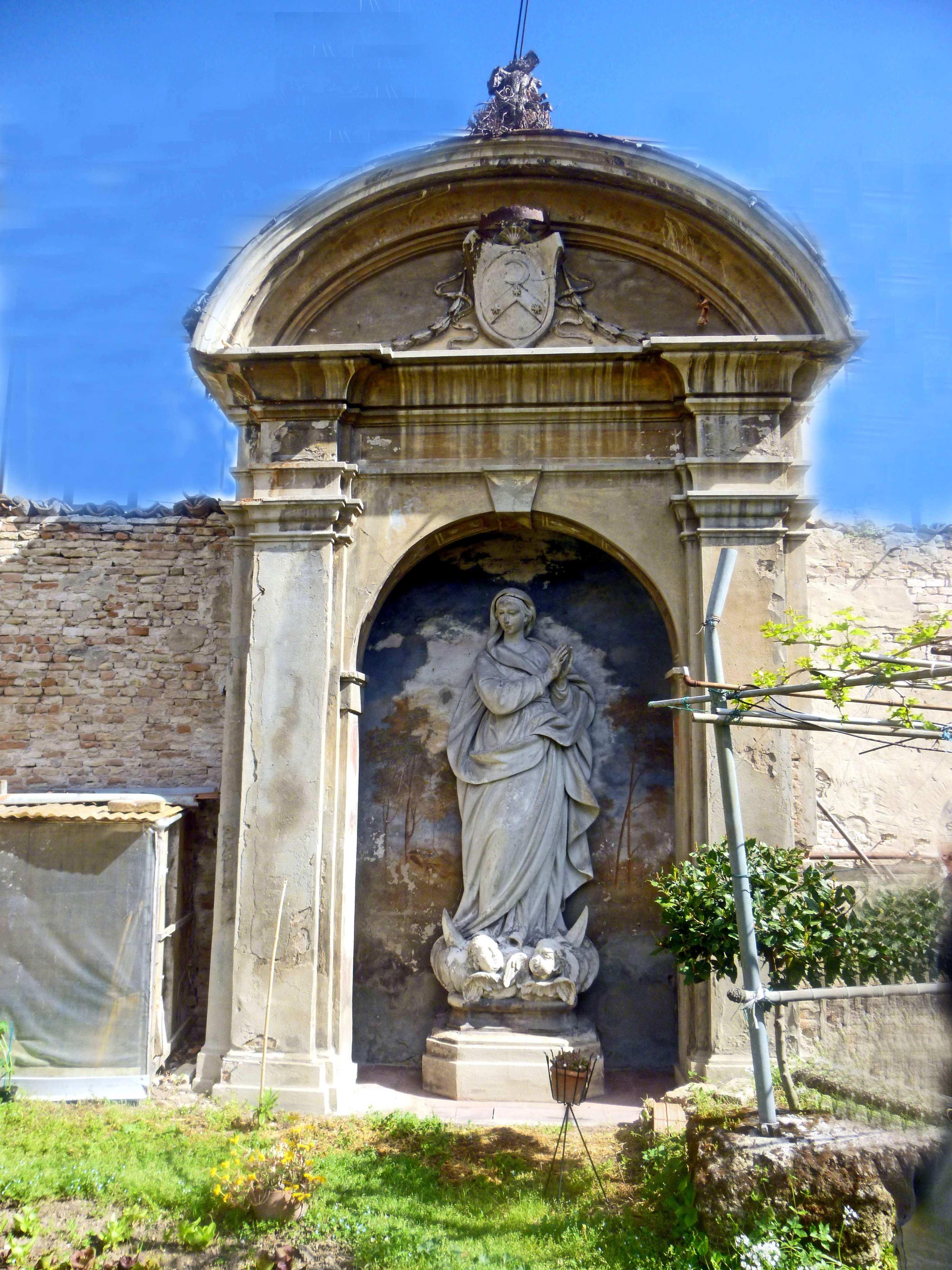statua-della-Madonna