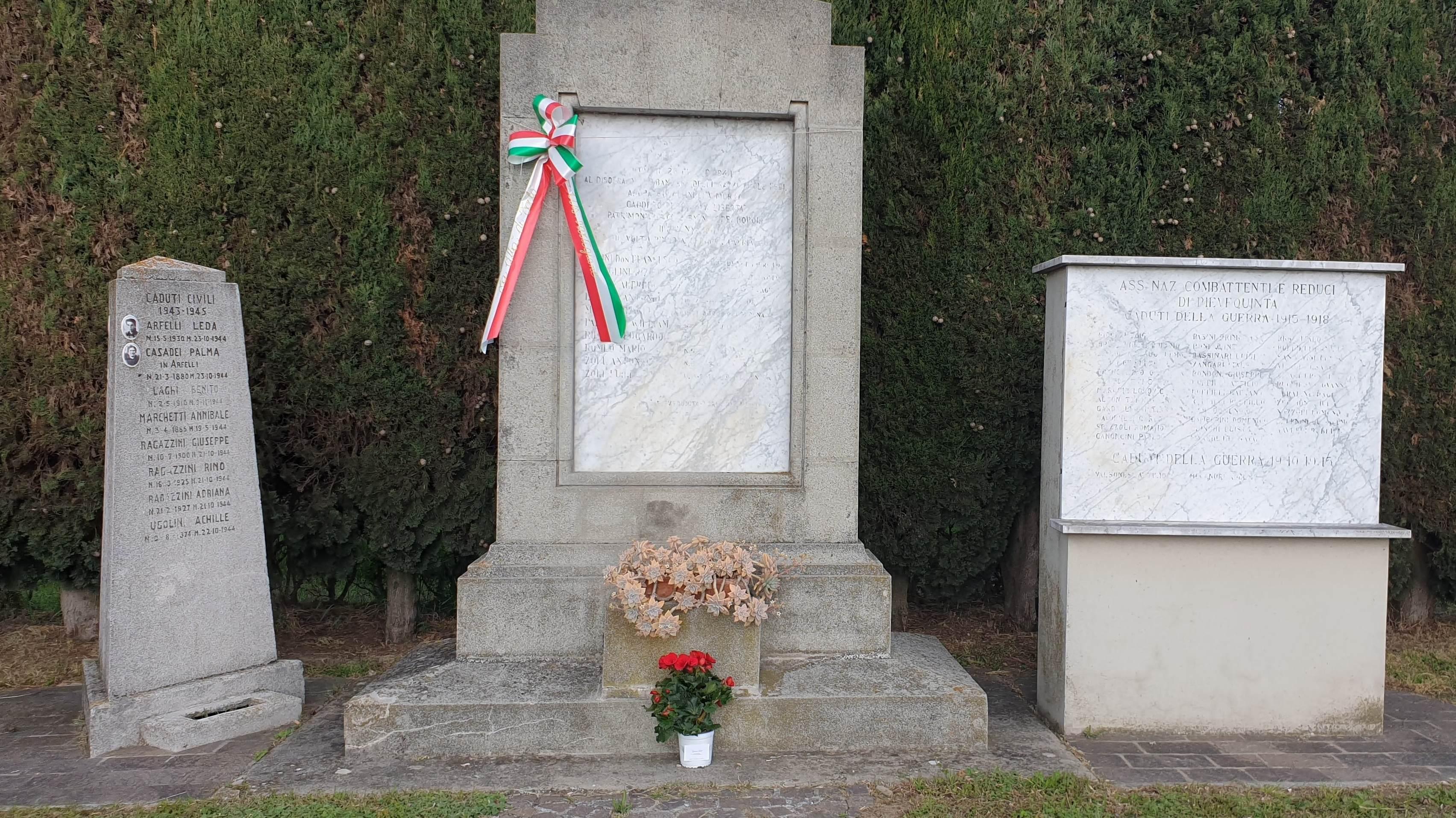 Pievequinta monumento Caduti