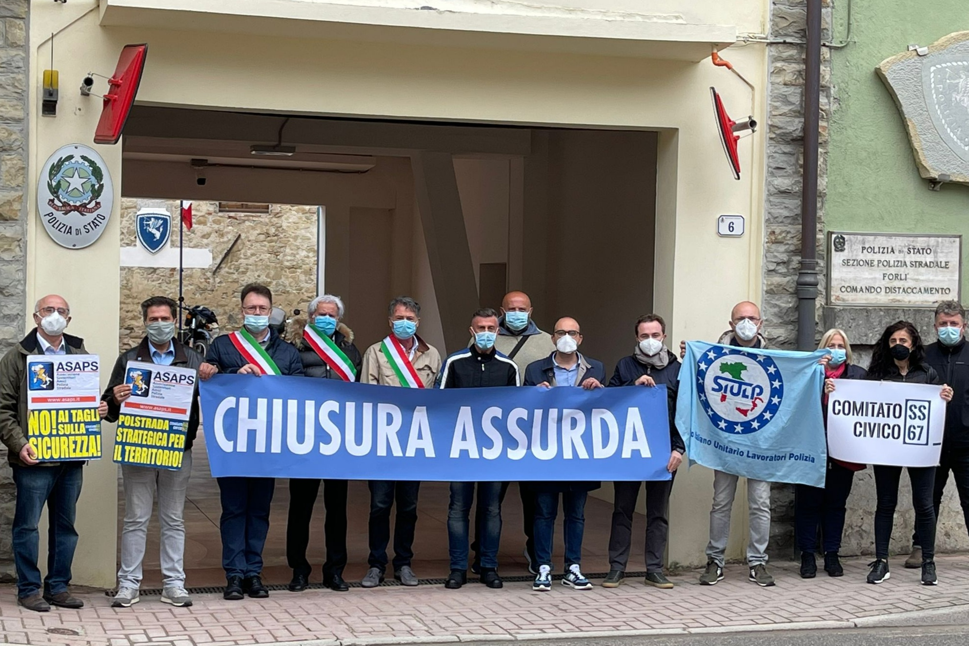 flash-mob-chiusura-assurda