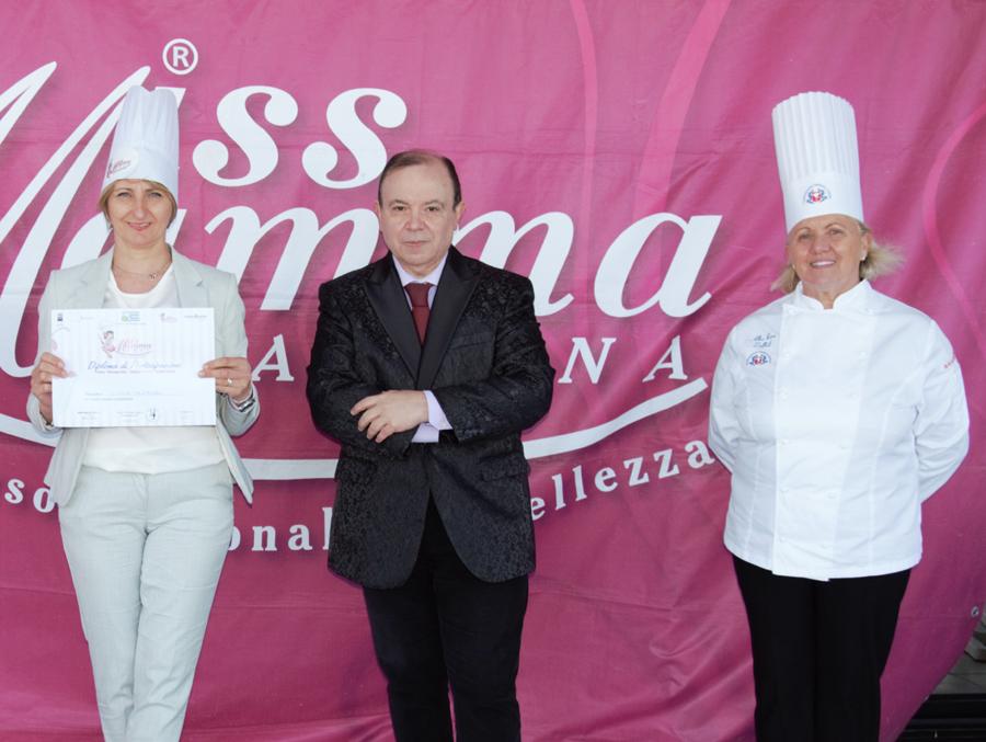 Da sinistra Liviana Caldieraro, con la Lady Chef Albarosa Zoffoli e Paolo Teti