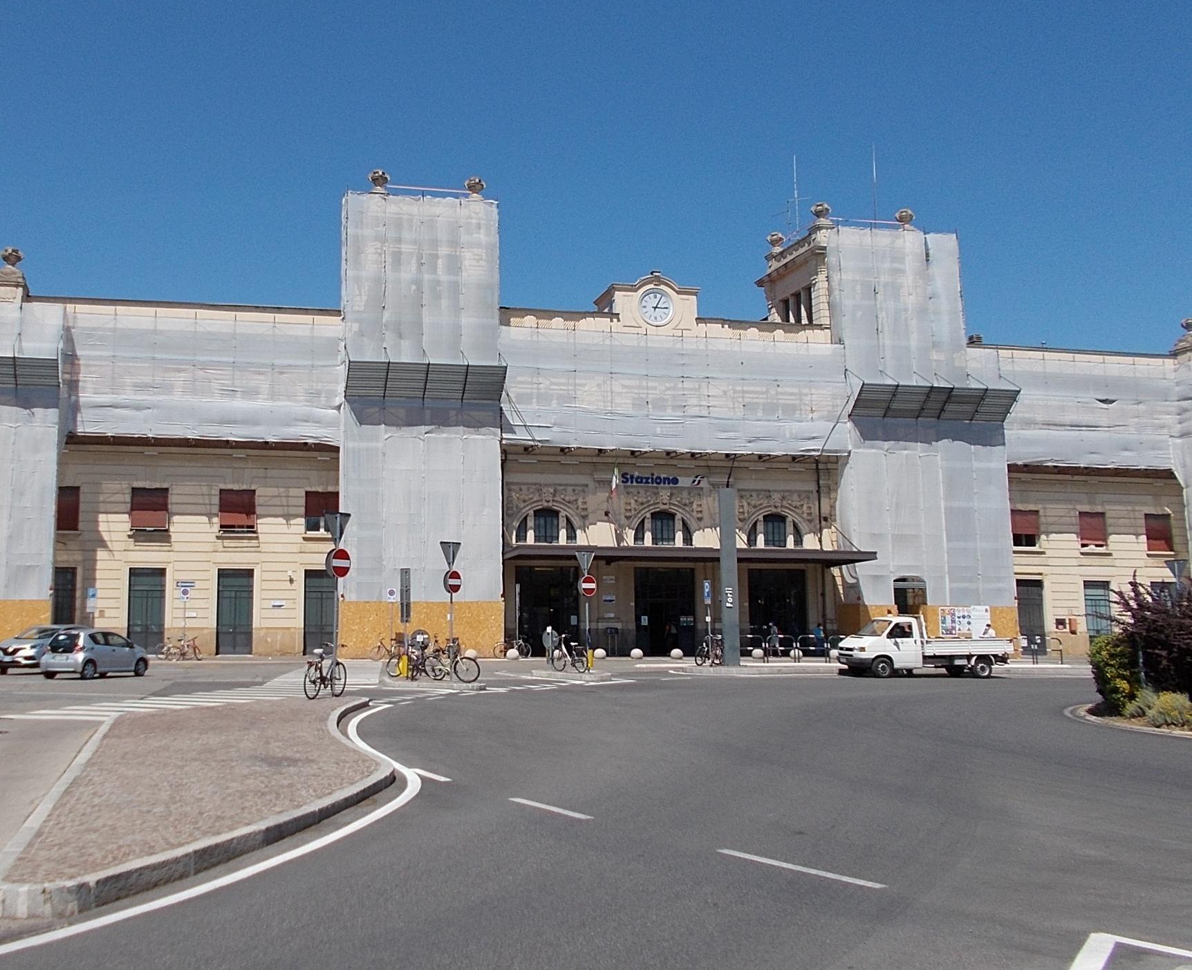 stazione-ferroviaria-Forli
