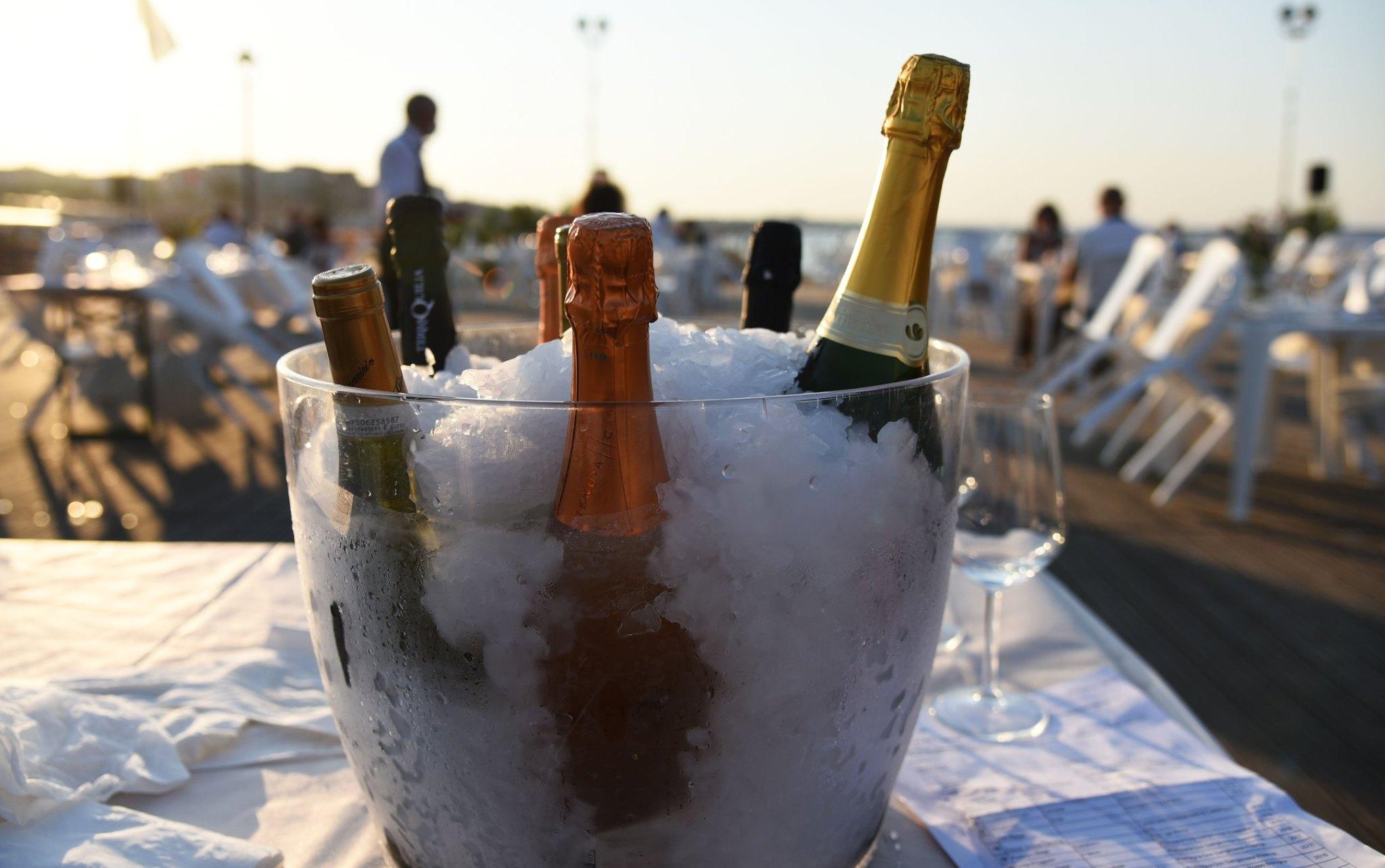 spumante-champagne-vino-bianco