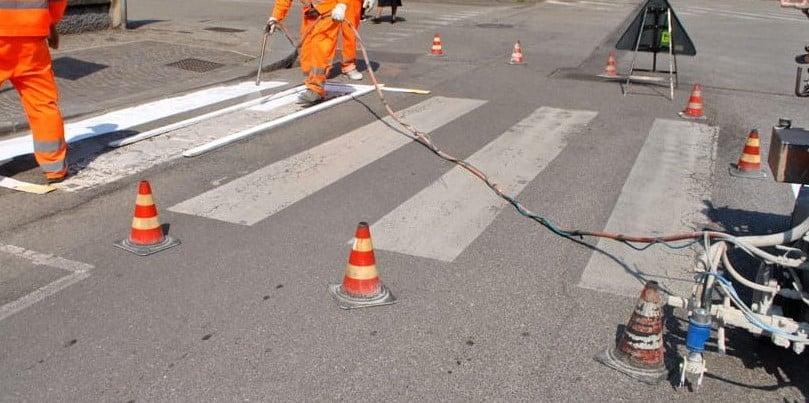 lavori-stradali-segnaletica-orizzontale