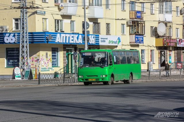 В Петербург вернулись почти 100 маршруток, но скоро они могут исчезнуть навсегда