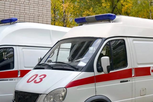На Бухаресткой Hyundai сбил беременную девушку
