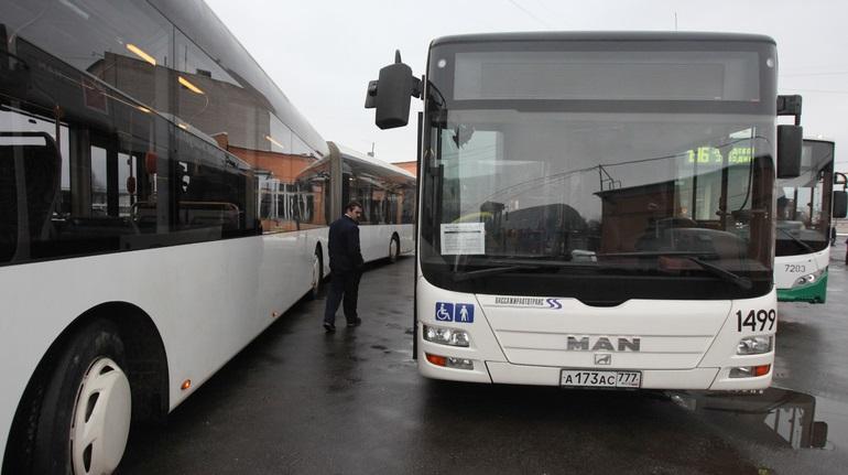 Смольный объявил конкурс по транспортным перевозкам на 42 млрд рублей