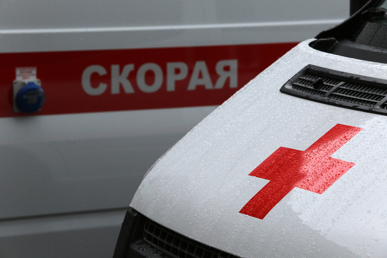 Девочка получила травмы в результате катания на ватрушке в Кронштадте