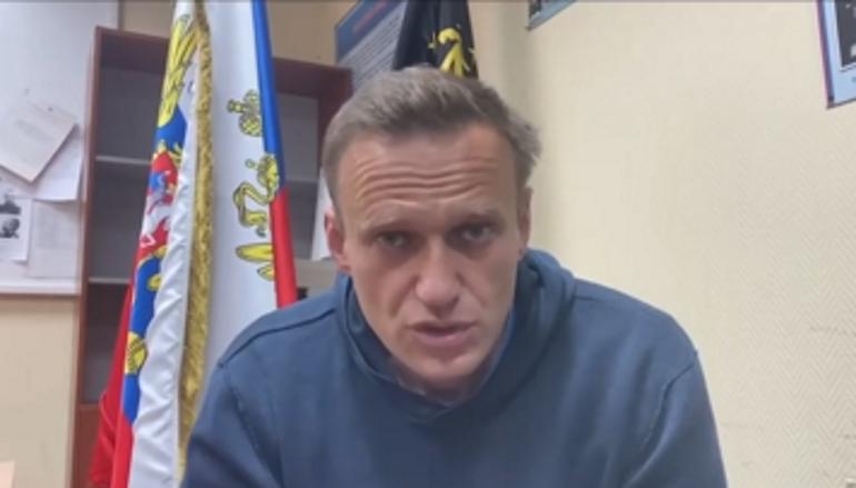 СМИ: Появилось видео с Навальным из колонии во Владимире