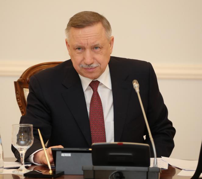 Губернатор Петербурга Беглов доложил президенту Путину о том, как в городе борются с ковидом и готовятся к ПМЭФ