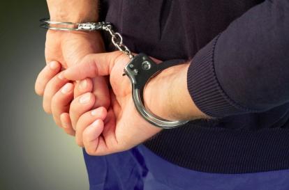 В Петербурге суд арестовал подозреваемого в убийстве матери табуреткой до 23 октября