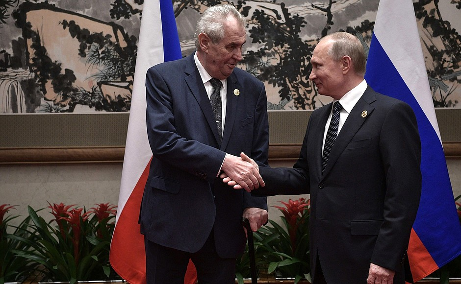 Президент Чехии заявил, что у контрразведки нет доказательств причастности России к взрыву во Врбетице
