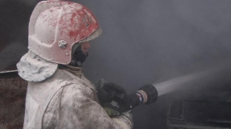 На улице Димитрова под утро тушили квартирный пожар