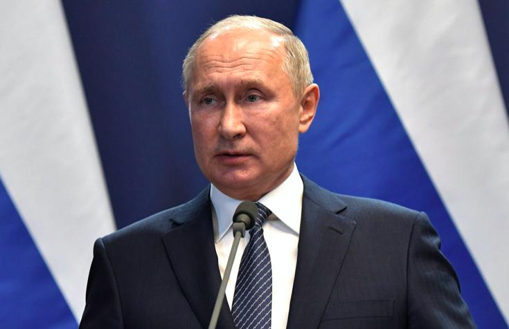 Путин отправил в отставку трех генералов СК
