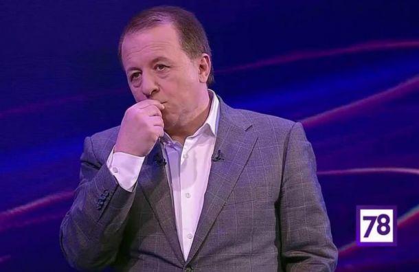 В Петербурге умер спортивный комментатор Леонид Генусов