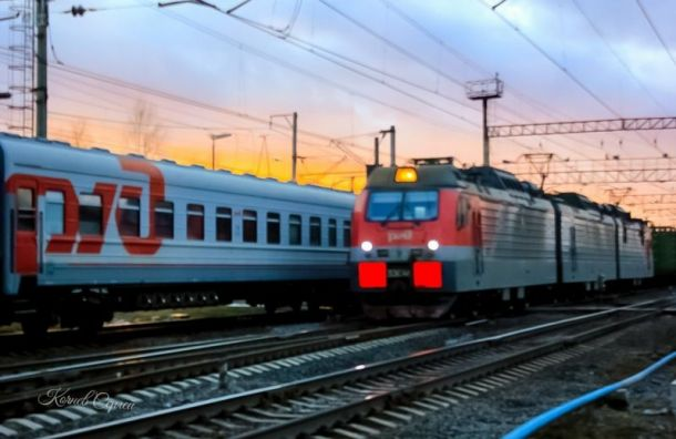Поезд Белгород — Петербург задерживается из-за схода состава с рельсов