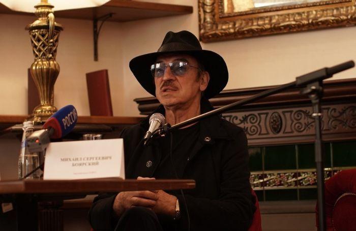 Михаил Боярский опроверг информацию о своей госпитализации